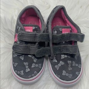 Vans Shoes - Vans Toddler Girls Gray & Pink Bow Sneakers sz 7.5